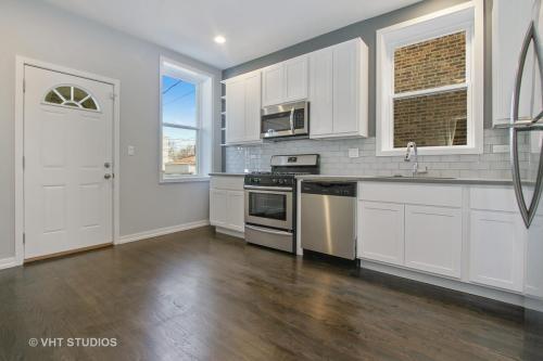 1007 N Menard Avenue #2 FLOOR Photo 1