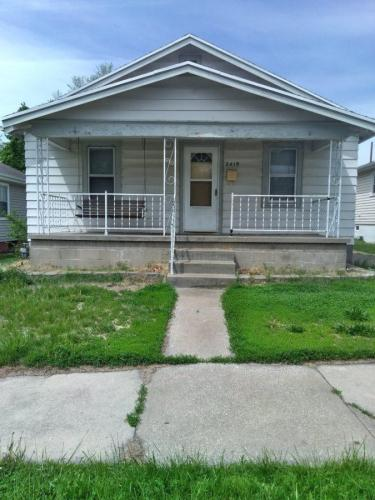 2419 Seneca Street Photo 1
