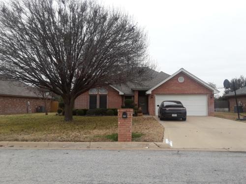 1449 Oakwood Drive Photo 1