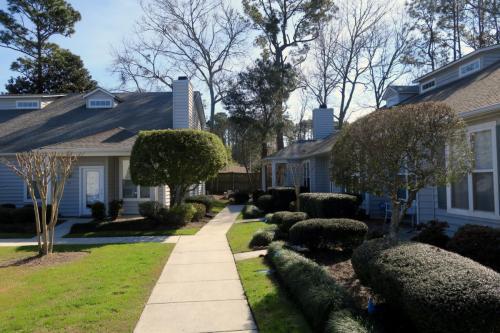 321 S Kerr Avenue Photo 1