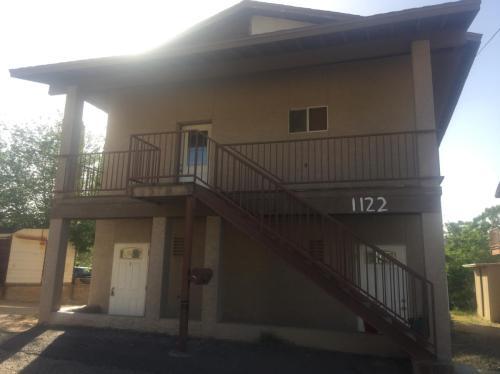 1122 W Bird Street Photo 1