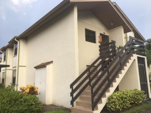 1811 SW Palm City Road #A602 Photo 1
