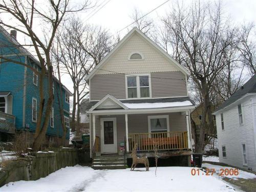 405 Hilbert Street Photo 1