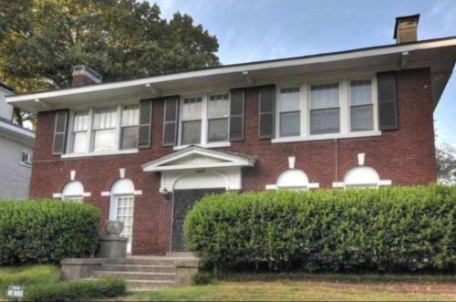 1584 Eastmoreland Avenue #4 Photo 1