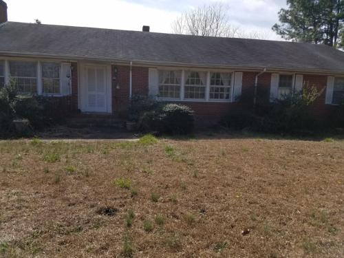 1444 Holly Springs Church Road Photo 1