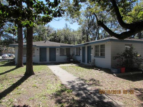 1407 NW 5 Ave Photo 1