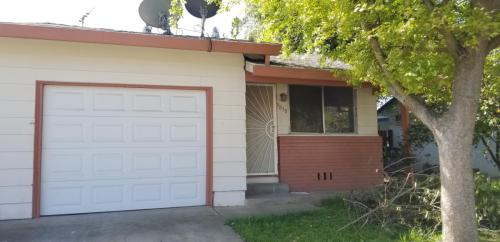 9830 Libra Avenue Photo 1