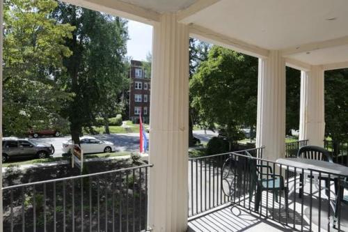6355 Lancaster Avenue Photo 1