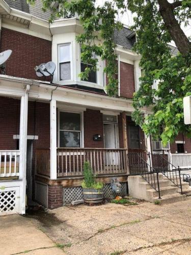 705 Wallace Street Photo 1