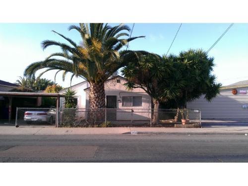 1736 Dahlia Avenue Photo 1