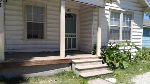 3933 Linder Street Photo 1
