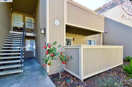 37258 Spruce Terrace Photo 1