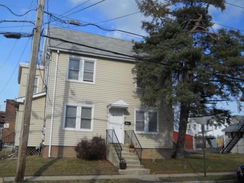 320 Walnut Street #1ST FLOOR Photo 1
