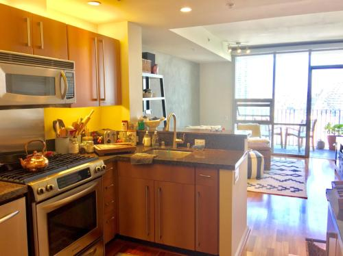 321 10th Avenue Photo 1