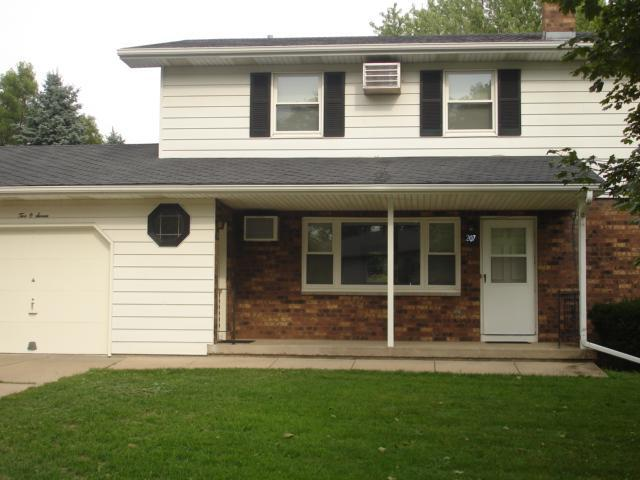 Maple Drive, Mount Horeb, WI 53572 | HotPads