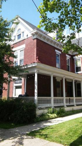 721 Washington Avenue #2 Photo 1