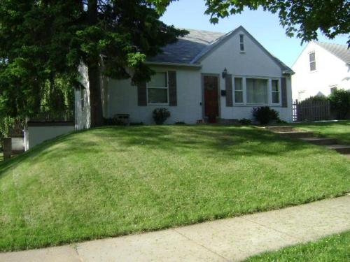 1596 Nebraska Avenue E Photo 1