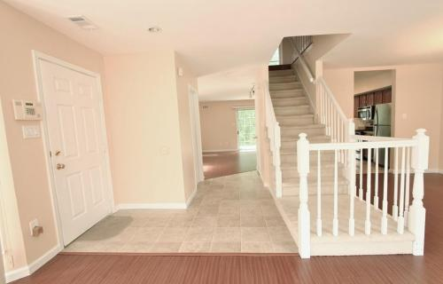 98 Foxwood Place Photo 1