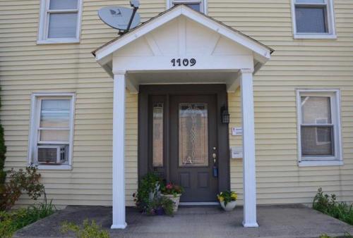 1109 6th Avenue Photo 1