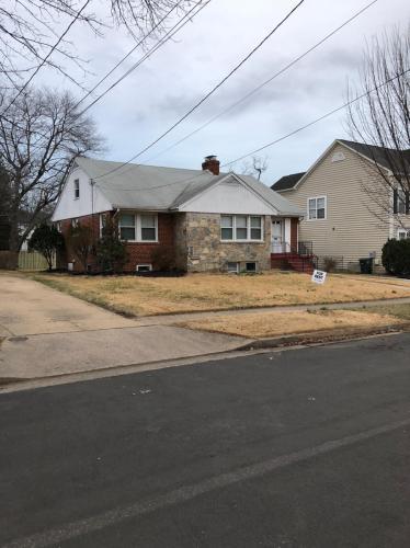 617 N Illinois Street Photo 1