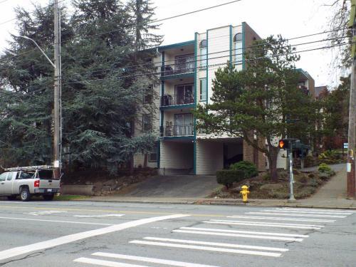 2600 Eastlake Avenue E #303 Photo 1