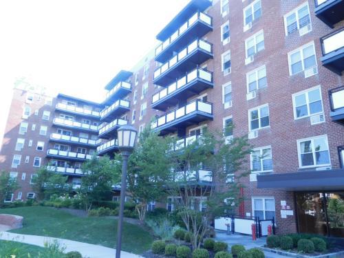 1670 Bell Boulevard Photo 1