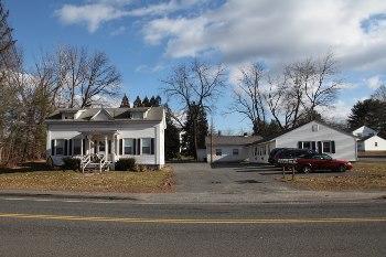 1039 N Pleasant Street #5 Photo 1
