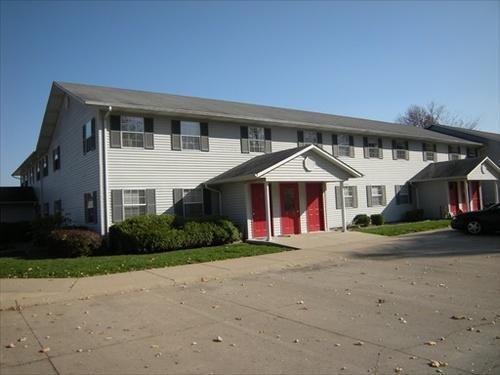 741 E Springhill Drive Photo 1