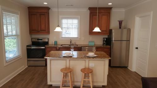 874 Piedmont Avenue NE #CARRIAGE HOUSE Photo 1