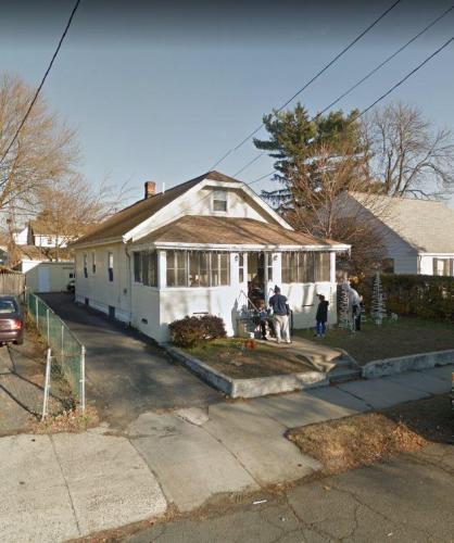 1480 Wood Avenue Photo 1