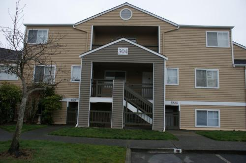 5300 Harbour Pointe #304H Photo 1