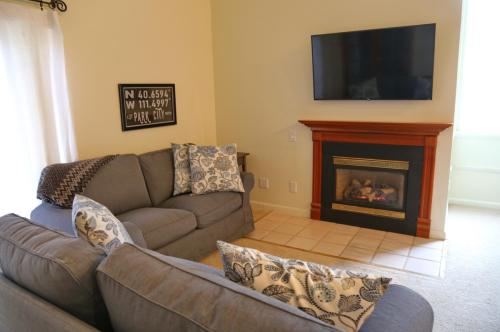 1920 Canyons Resort Drive #28D Photo 1