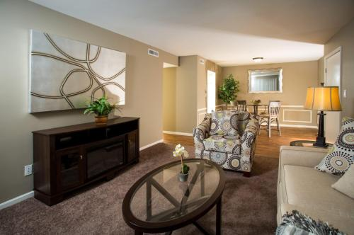 252 Andover Drive #7D Photo 1