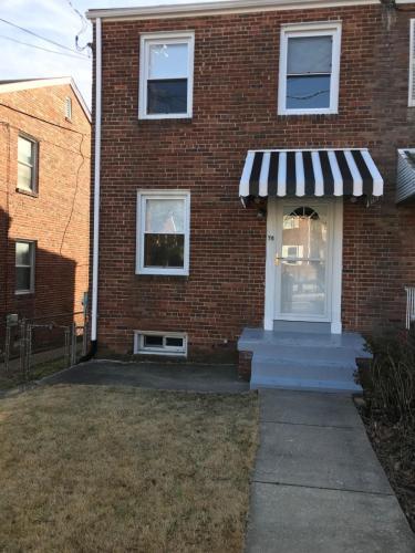 78 Underwood Place NW Photo 1