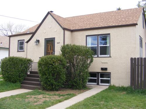 1015 Steele Street Photo 1