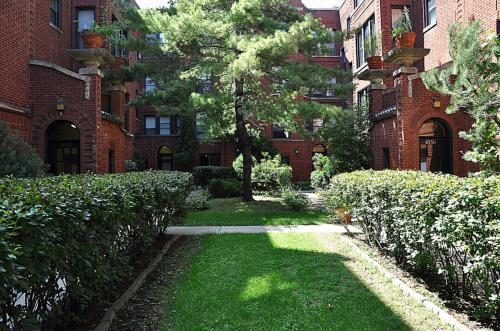 6540 N Ashland Avenue #3W Photo 1