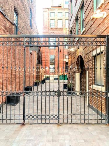 1661 Washington Street #765 Photo 1
