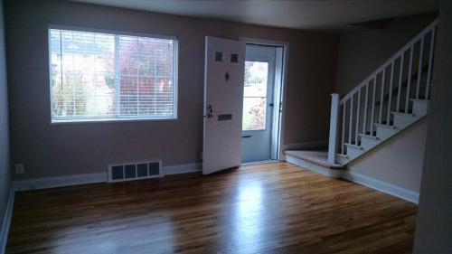 770 Colonial Court Photo 1