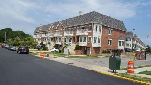 307 Soundview Lane #1 FLOOR Photo 1