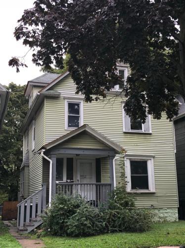 132 Sherwood Avenue Photo 1