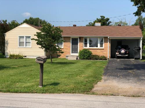 720 Chestnut Avenue Photo 1