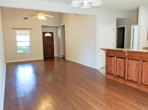 3007 SW Deerfield Boulevard #1 Photo 1
