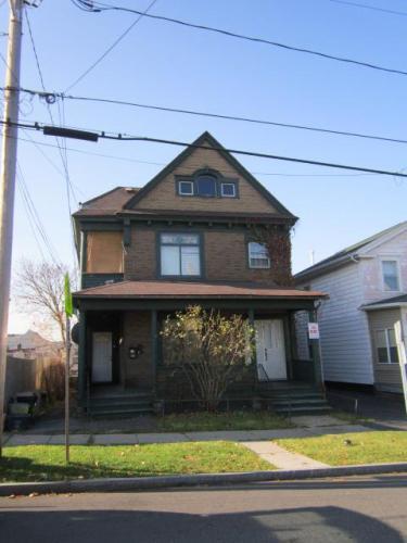 909 N Mcbride Street Photo 1