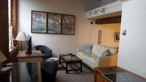 12 Water Street #FURNISHED 105 Photo 1