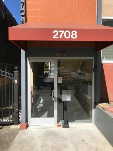 2708 College Avenue Photo 1