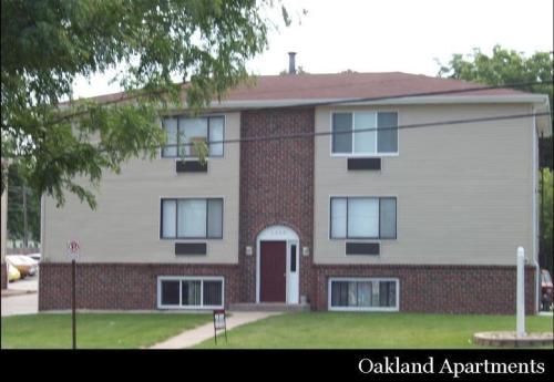 3300 Oakland Road NE Photo 1