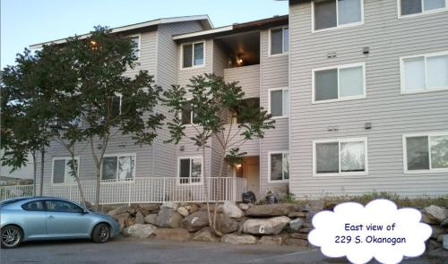 229 Okanogan Avenue #F Photo 1