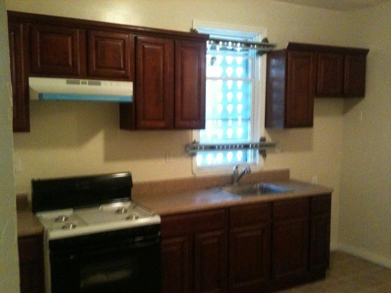 Apartment Unit 2 at 91 Aldine Street Newark NJ 07112 HotPads