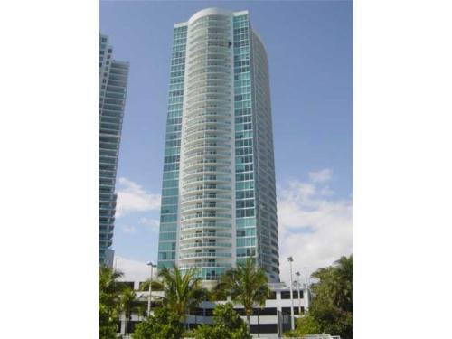2101 Brickell Avenue Photo 1