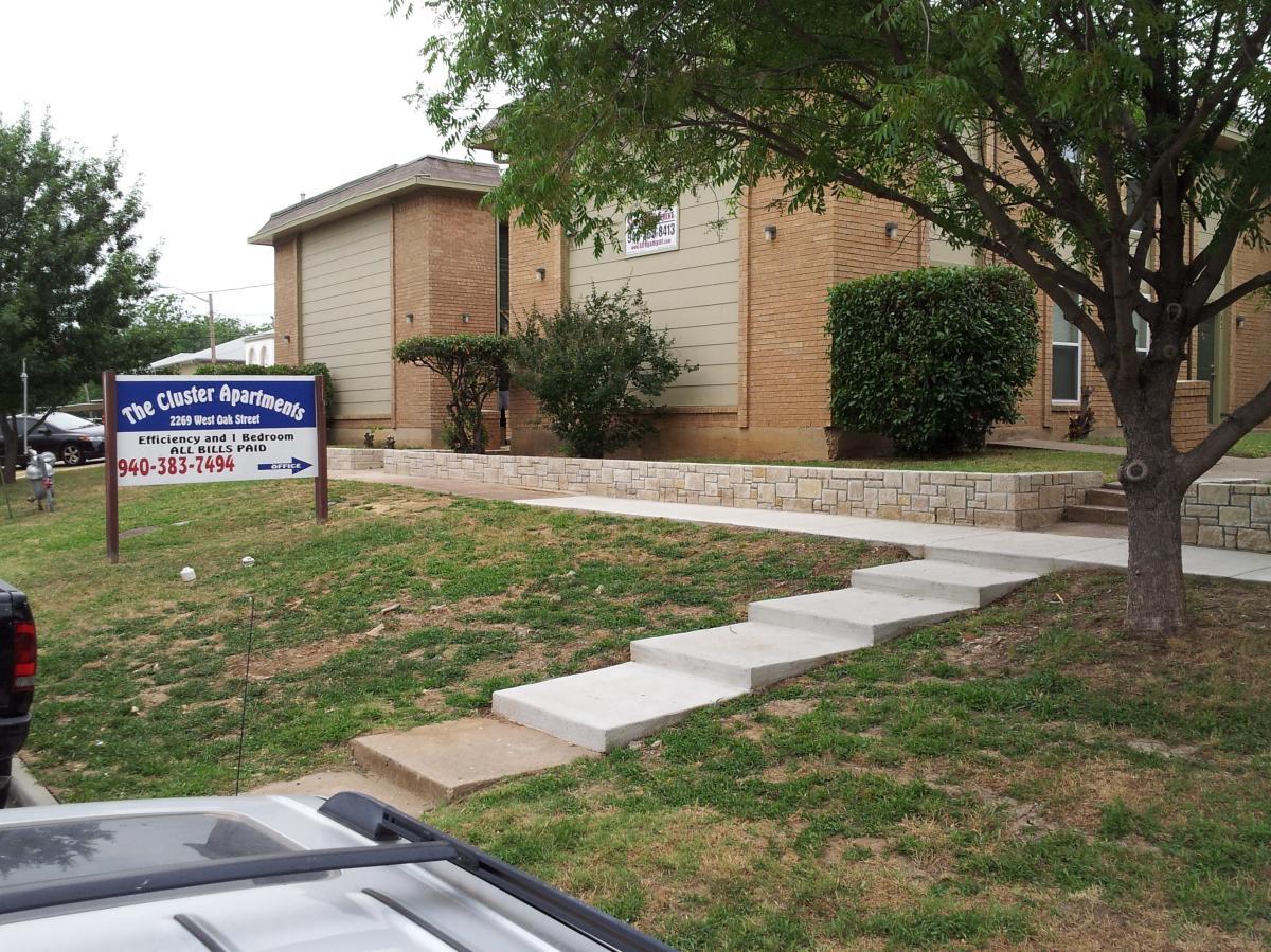 Apartment Unit A 16 At 2269 W Oak Street, Denton, TX 76201 | HotPads